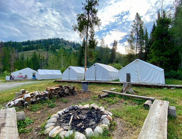 Jackson Hole Outfitters Camp